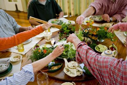 family-dinner-yum